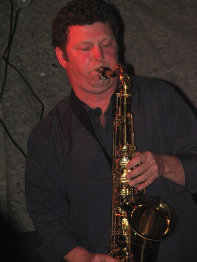Marc-Graveline-performing-solo